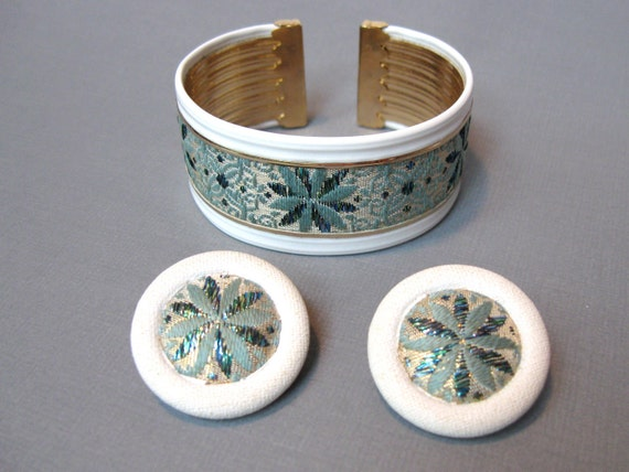 1950s Bracelet Earring Set Vintage Style Teal Fabric Embroidered Ribbon