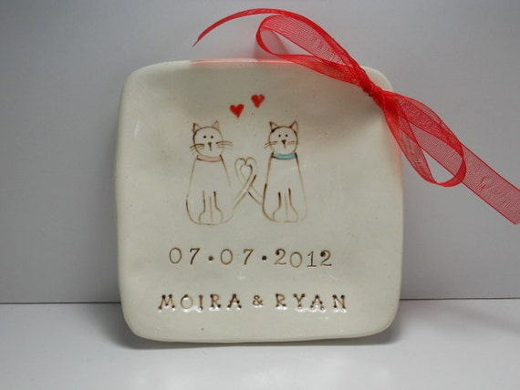 Ceramic ring bearer bowl dish - Kitty cat couple personalized by Wise Impressions