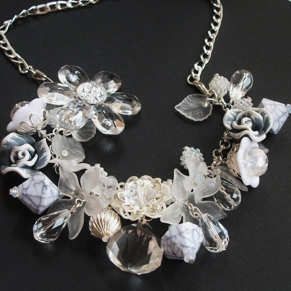 Clear Crystal Flower Necklace Combined Bracelet