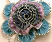 Zipper Flower Pin Brooch Lavender & Blue