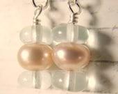 Peach Pearl Sandwich Earrings