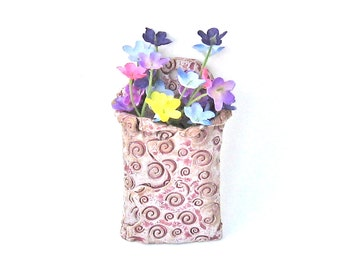 Wall Pocket Vase Pink Mauve Swirl Ceramic Pottery Stoneware Wall Decor Living Room Kitchen Bathroom Weed Pocket Flower Holder Sweet Pretty