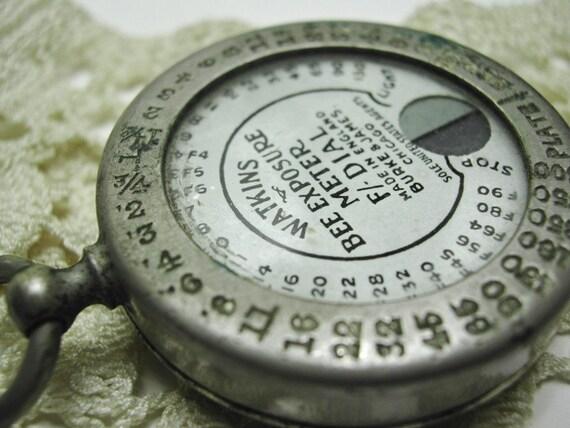 Watkins Bee Exposure meter, F Dial 1900s Vintage, England, Burke and James, actinometer