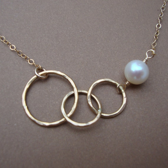 Interlocking Circles- Always Together Necklace-Best Friend- Lovely Gift- Gold Necklace-Everyday Jewelry-Bridal Party