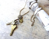 Vintage Keys Pendant Necklace - VintageScraps