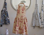 CAMPAGNE pretty pinny by Lala Ema - brown red