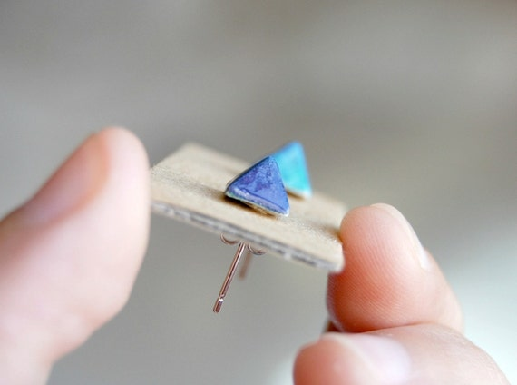 Paperclay blue pyramids earrings studs