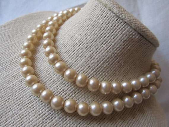Vintage 1950s Marvella Baby Or Childs 2 Strand Pearl Necklace