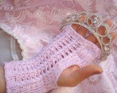 No Two Snowflakes presents Recital FINGERLESS Lace GLOVE PATTERN Pdf by Nicole Feller-Johnson