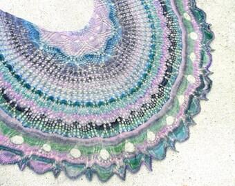 No Two Snowflakes presents Nymphèas Lace Shawl Top Down SHAWL PATTERN PDF by Nicole Feller-Johnson