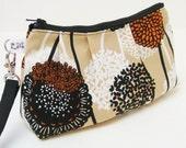 Rectangular Wristlet Clutch Purse - Flowers in Field of Dreams in Natural Beige Sand, Isso Ecco