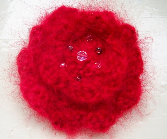 Flower corsage, red knitted brooch, classic, fun