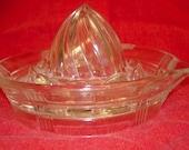 Vintage Hazel Atlas Criss Cross Glass Reamer, Vintage Juice Reamer, Retro Glass Reamer,