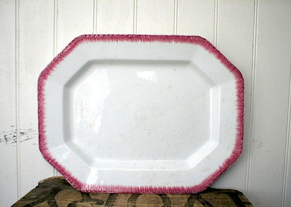 1830s RED Feather Edge platter, embossed shell edge - English pearlware ironstone