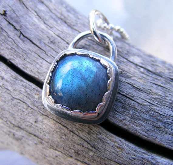 Labradorite Necklace In Sterling Silver, Labradorite Pendant Simple Necklace, Blue Flash Labradorite Necklace