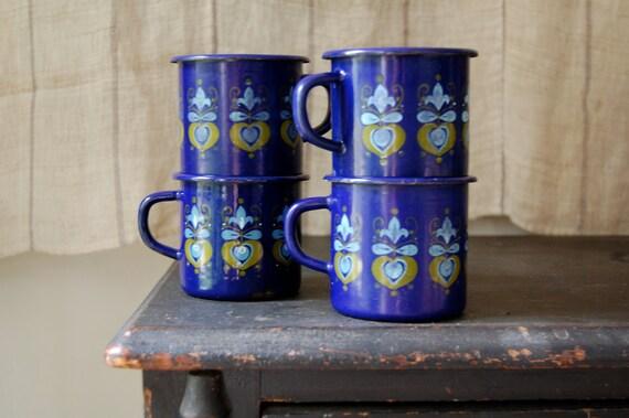 enamelware cup set