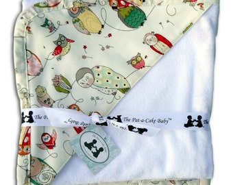 Hooded Towel in Spotted Owl