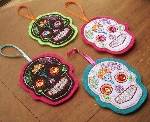 Christmas  Sugar skull  Ornament Set of 4-Priority Shipping
