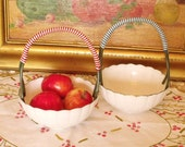 Vintage plastic floral Baskets fruit holders Bowl Set of 2