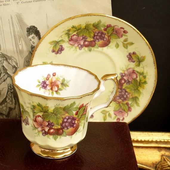Vintage Elizabethan England tea cup Floral porcelain