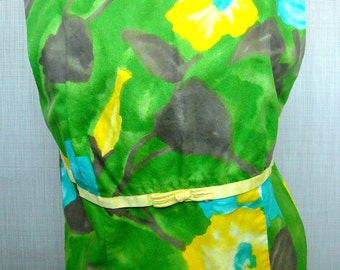 Hawaiian Shift Green Goddess with a Blue Rose Full length and very pretty sz 38 40 bust