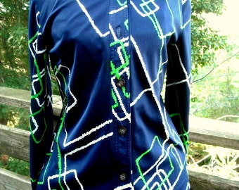 Ladies Mr Roberts Polyester Disco Shirt with Wild Print sz 36 to 39 or 40 bust ML Sweet