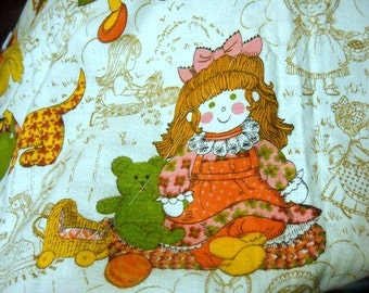 1960s or 70s Barkcloth Baby Crib Quilt Unfinished DIY cute Calico Cats Dogs n Kids Kawai