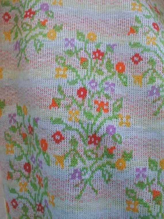 vintage cotton KNIT floral Bouquets 1-2/3 yards TUBE Stretch