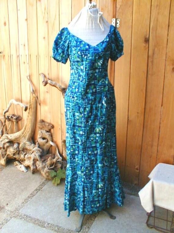 50s hawaiian dress wiggle dress with long train made in hawaii true