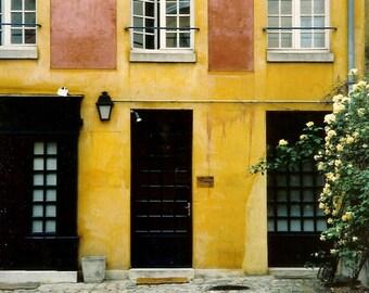 Parisian Flat - A Modern European Courtyard Apartment - Original Colour Photograph by Suzanne MacCrone Rogers