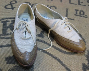 Vintage Oxford shoes Wingtip  Linen and Leather Spectator 6.5 romantic preppy Tomboy style