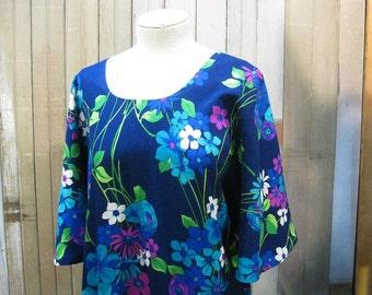 60s Blue Floral Caftan festival dress Kaftan Vintage dress  Angel sleeves hippie Maxi   M L