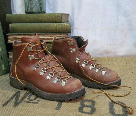 Vintage Danner Hiking Boots 6 5