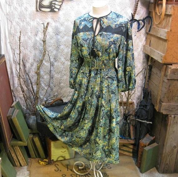 Diane Freis vintage boho Blue floral jewelry Dress
