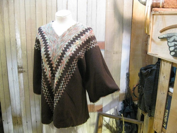 1970s Chevron vintage Sweater poncho pullover knit