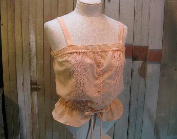 Peach Eyelet lace blouse vintage peplum sleeveless top M