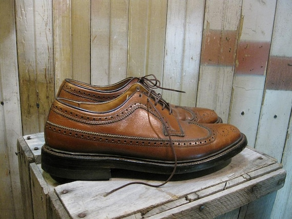 Brown Brogue shoes Vintage 1960s Oxford long Wingtips sz 6 Executive style