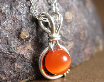 Orange Jewelry Pumpkin Orange Cat's Eye O Loop Pendant Necklace in Sterling Silver -- Other Colors Available