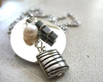 Pearl Hematite Metalwork Charm Necklace, Handmade Gemstone Chain Necklace, Artisan Jewelry, Charm Necklace, Pendant Necklace, Pearl Jewelry
