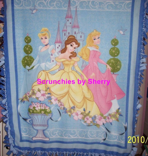 Disney Princess Cinderella Belle Sleeping Beauty Hand Tied Fleece Throw Blanket  Girls