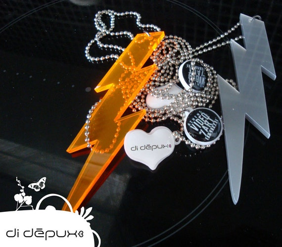 Thunder laser cut (only silver) from 8 euro to 4