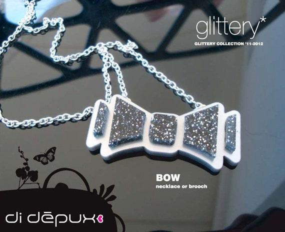 BOW Kawaii Acrylic Plexiglass glitter  necklace