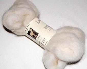 Baby Alpaca White Roving for Spinning, Felting, Needle Felting,Doll Hair and Fiber Art from Yuki 1 oz.