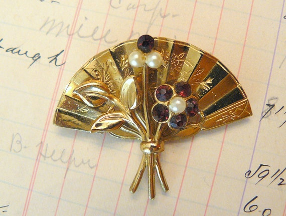 Vintage Gold Fan Brooch with amethyst and pearl flowers- gorgeous