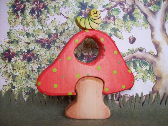 Little bug with his mushroom house - Waldorf Inspired Wooden Nature Toys - 3 pc set