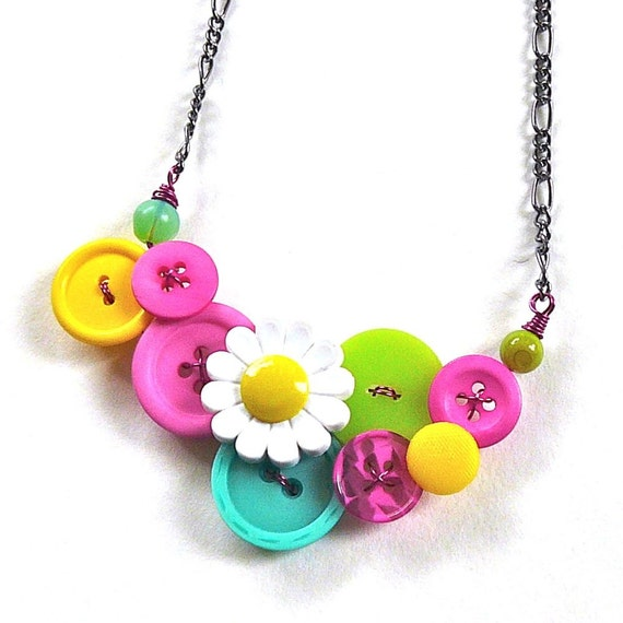 Fun Colorful Daisy Statement Necklace Bright Neon Vintage Button Jewelry - Spring Fashion