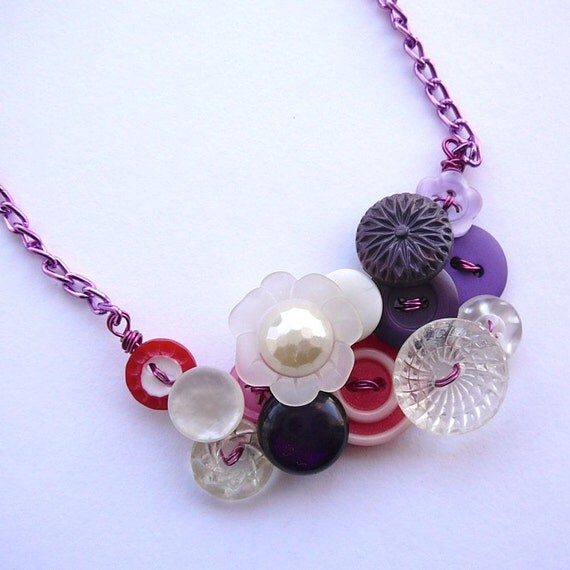 Pretty Flowers Vintage Button Necklace in White, Clear, Purple, and Red