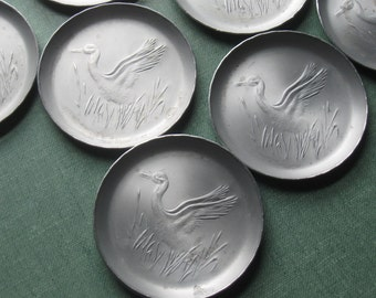 Vintage 8 Tin Bird Coasters in Original Box, Jerywil Coasters