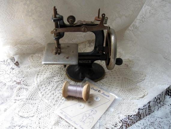 Vintage Mini Singer Sewing Machine