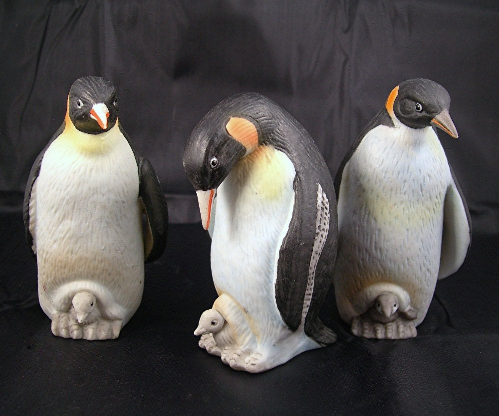 Vintage Penguin Figurines Set Of 3 By Lefton China